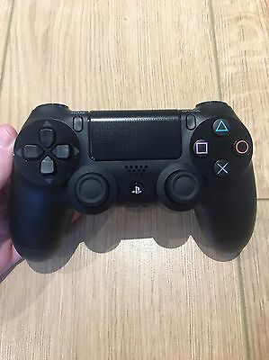 Playstation 4 Dualshock 4 Wireless Controller PS4