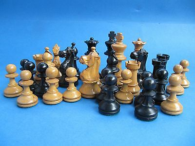 Fine Antique Vintage Weighted Chess Set