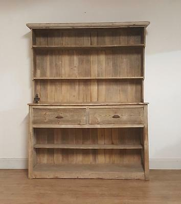 Simply beautiful rustic pine antique dresser french 19th century..