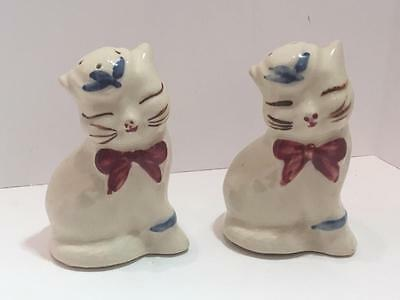 Vintage Shawnee Pottery PUSS N BOOTS Salt and Pepper Shakers Set Kitchen