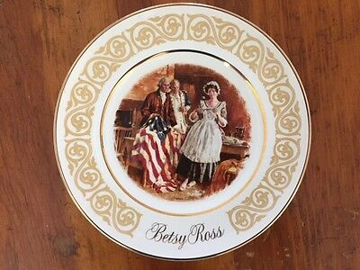 Vintage Betsy Ross Collectors Plate Avon 1973