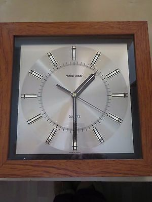 Used Antique Vintage Retro 1960s Toshiba TCQ 150 Quartz Clock Teak Case