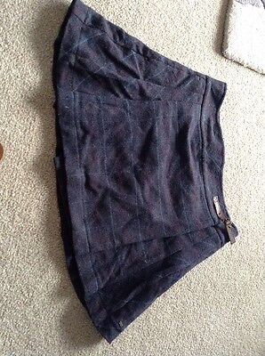Tommy Hilfiger Ladies Skirt  SIZE 12