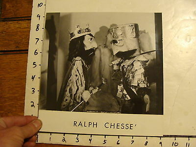 Vintage Puppet Marionette  Photo: RALPH CHESSE king and knight
