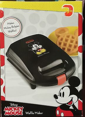 NEW Disney Mickey Mouse Belgian Waffle Maker GREAT GIFT IDEA free Ship in USA