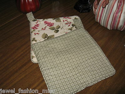 Pot Holders Reversible   for  use with Kitchen Pots  Baking Sheets