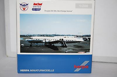 1:200 DC-6 Continental,Herpa