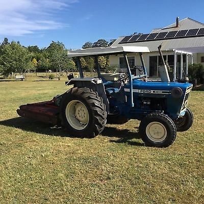 Ford 4100 Tractor