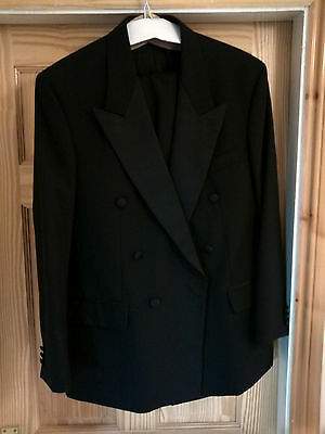 Tuxedo jacket and trousers 42R / 32L