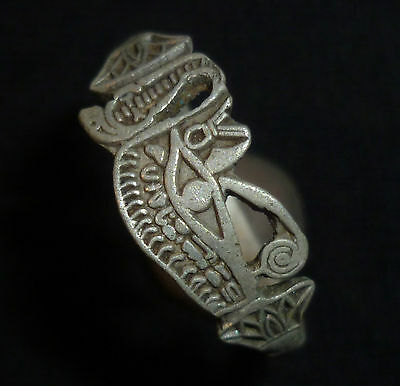 UNIQUE CELTIC Ancient Artifact SILVER RING - Great Details Circa 200-100 BC
