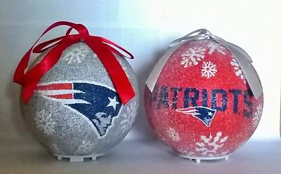 New England Patriots NFL LED Light Up Christmas Tree Bauble Ball Ornament