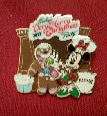 WDW - Mickey's Very Merry Christmas Party 2012 - Minnie Mouse LE 2500 Disney Pin