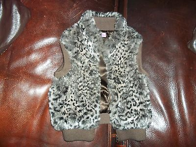 Girls F&F Faux Fur Body Warmer Waist Coat Age 3 To 4 Years Height 104 cm/41 in