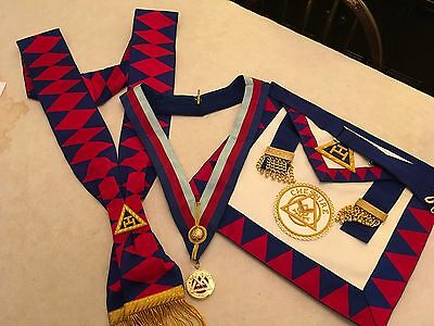 Royal Arch Chapter Apron, Sash & Collarette With Jewel