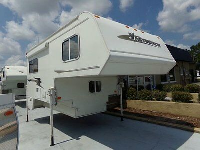 Very Nice 2007 Adventurer Truck Camper! Fits Long Bed! 90 Day Warranty!