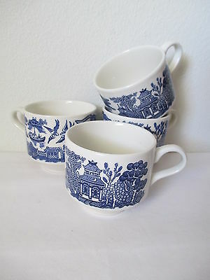 """Group Of 4 Churchill England Blue Willow Pottery Cups Mugs 2 7/8"""" Mint"""