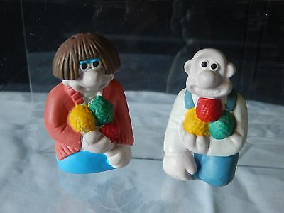 Wallace and Gromit Salt and Pepper shakers vgc