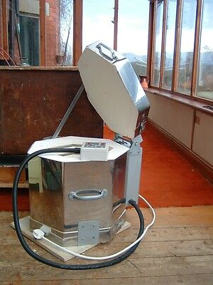]POTCLAY KILN Etruscan electric kiln to 1300c, with Hobbymaster 2 controller