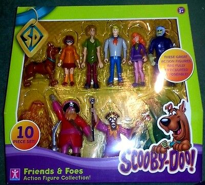 SCOOBY DOO Friends and Foes  SET 10 FIGURES