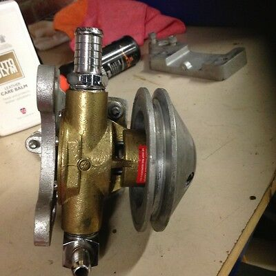 Johnson water pump suit 350 Chev ski boat with for gearbox