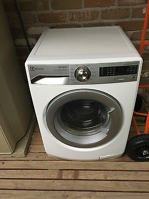 Electrolux washer and dryer EWW12832 (washing machine and dryer)