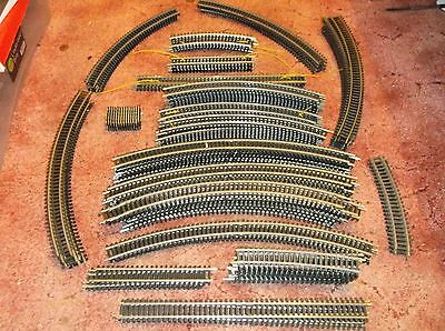 131 Items Of Oo Model Train Track In Good To Fair Condition