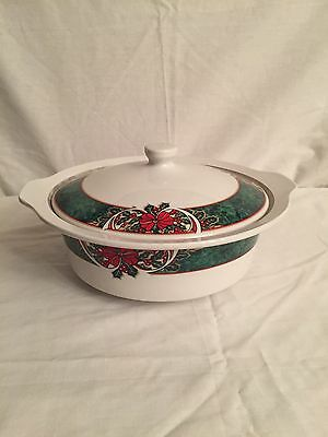 Gibson Marble Holly Covered Vegetable Bowl Or Christmas Casserole Dish