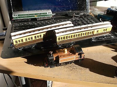 Hornby 0 4 0 Locomotive  With 2 Coaches Lswr