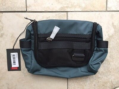 Tumi Fulton travel Kit Bag Brand New With Tags RRP £100