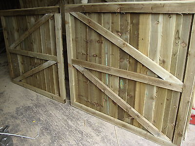 # Wooden Gates Double Driveway Garden Ready Treated Feather Edged