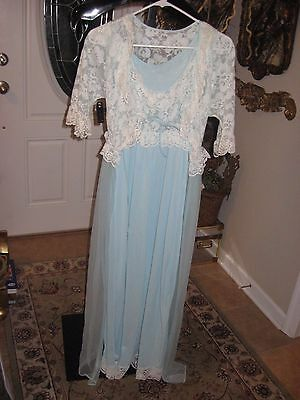 Lingerie/night gown sz sm vintage by Exclusive Decoration 100% early nylon WOW