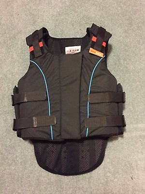Outlyne Airowear body protector Childs Y5 - New