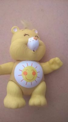 care bear funshine bear 80s toy vintage poseable/posable yellow