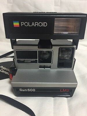 Polaroid Sun 600 Light Management System Instant Camera Vintage - Not Tested