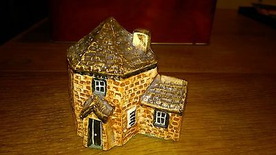 Tey Pottery Britian in Miniature ceramic pottery toll house