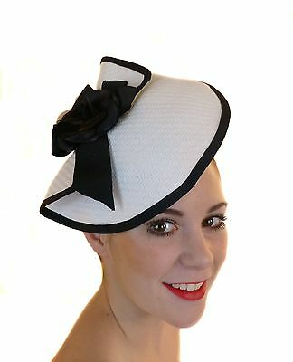 Black White Fascinator Flower Bow Hat Races Wedding  Derby Day Melbourne Cup