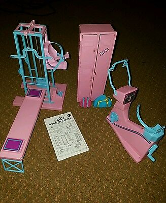Vintage 1984 Barbie Workout Center Gym Playset. RARE VGUC WORKS