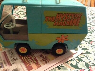 2000 Hanna Barbera Cartoon Scooby Doo The Mystery Machine Van Bus