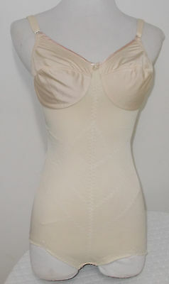 Young Smoothie Beige Nylon Gusset All in One Full Body Girdle Pointy Boob 36 B