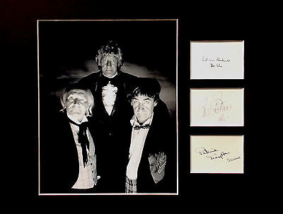 DR WHO William Hartnell Patrick Troughton Jon Pertwee signed AUTOGRAPH display