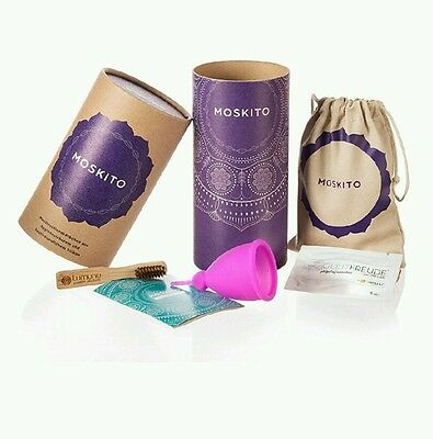 Deluxe Menstrual Cup Moskito made of Medical Silicone, Menstrual Cup incl. Natur