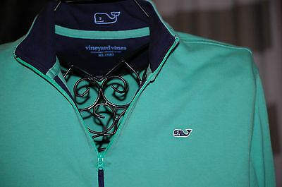 Vineyard Vine green pullover youth XL (18)