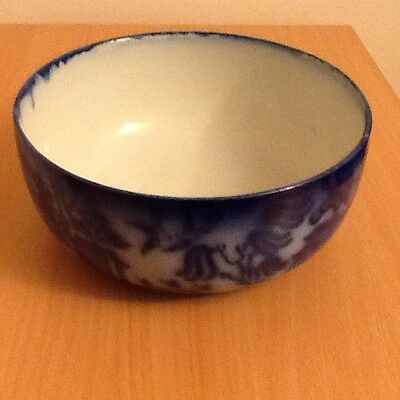 Doulton Burslem 22cm Flow BLue Bowl Willow Pattern
