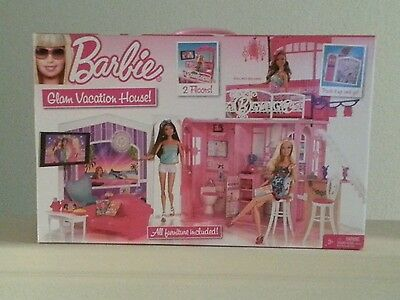Mattel Barbie doll Glam Vacation House