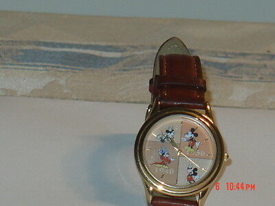 Exclusive For Disney Mickey Mouse 70Th Anniversary Watch Ds-428