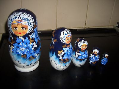 Vintage~Set of 5 large hand painted wooden Russian nesting dolls VGC