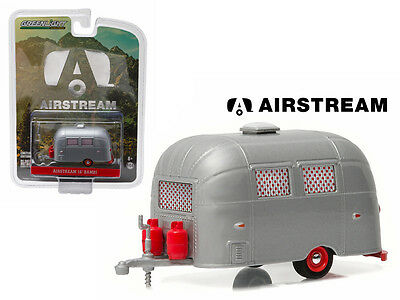 16 Ft Trailer Airstream Bambi Red Accents Silver 1:64 Diecast Model Greenlight