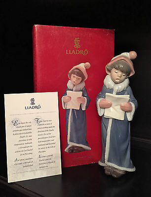 "~FREE Fast Shipping~Mint in Box~Lladro ""The Christmas Caroler"" Figurine (6533)"