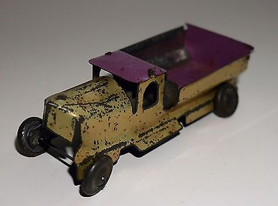 ANTIQUE / VINTAGE TINPLATE PENNY TOY TRUCK RARE MADE IN JAPAN 1930's PURPLE