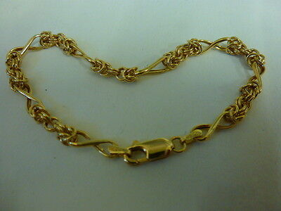 Good Pretty Vintage 9ct GOLD Modern Unusual Design Bracelet with Lobster  Clasp